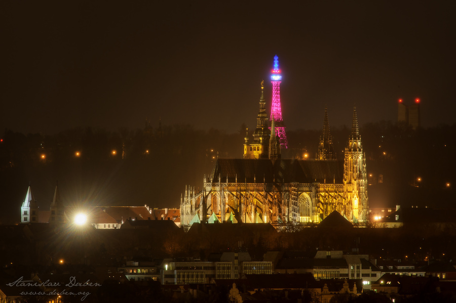 Prague-PrayForParis-02